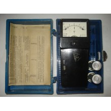 М2033 Вольтметр аккумуляторный б/у