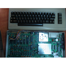 Импортный раритетный компьютер Commodore 64