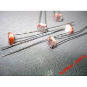 Фоторезистор (датчик света) GL5516 (1 шт.)